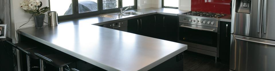 STAINLESS BENCHTOPS: KITCHEN BENCHES